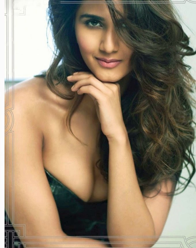 vaani-kapoor-looking-hot-in-maxim-magazine-2014