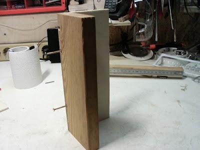 Spaxschrauben Holzbrettchen