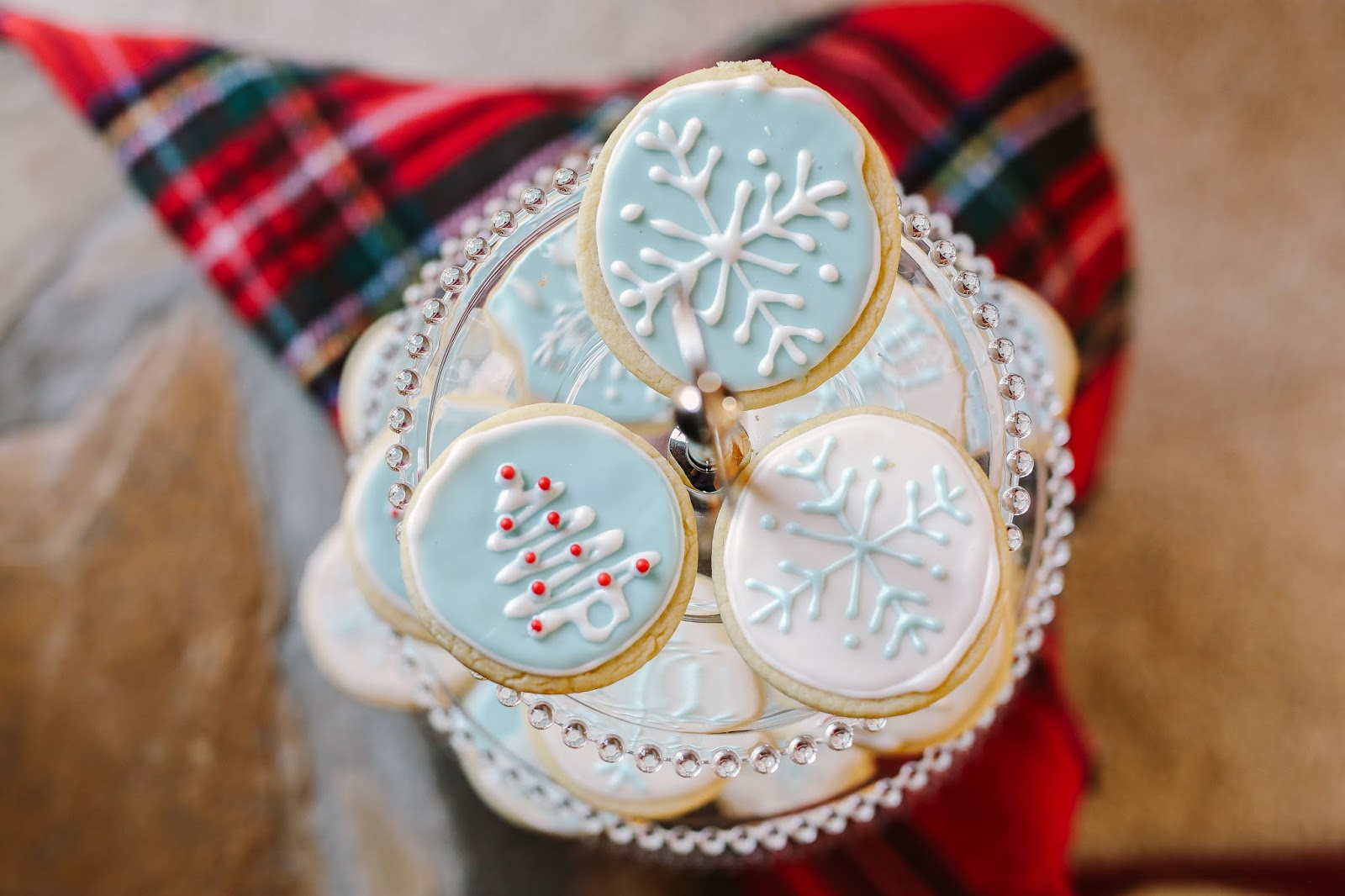 how to make royal icing with meringue powder for cookies