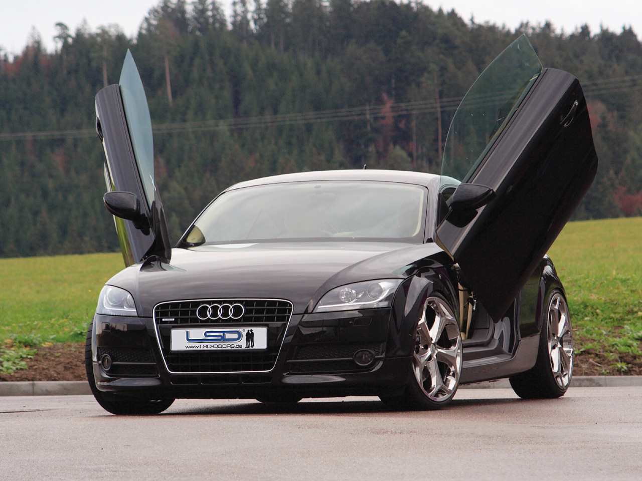 international fast cars audi tt. Black Bedroom Furniture Sets. Home Design Ideas