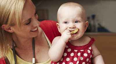 How to Train Baby Chewing Food Early