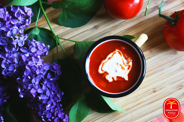 http://www.bananowepole.pl/2018/05/bp-powraca-zupa-pomidorowa-inaczej.html