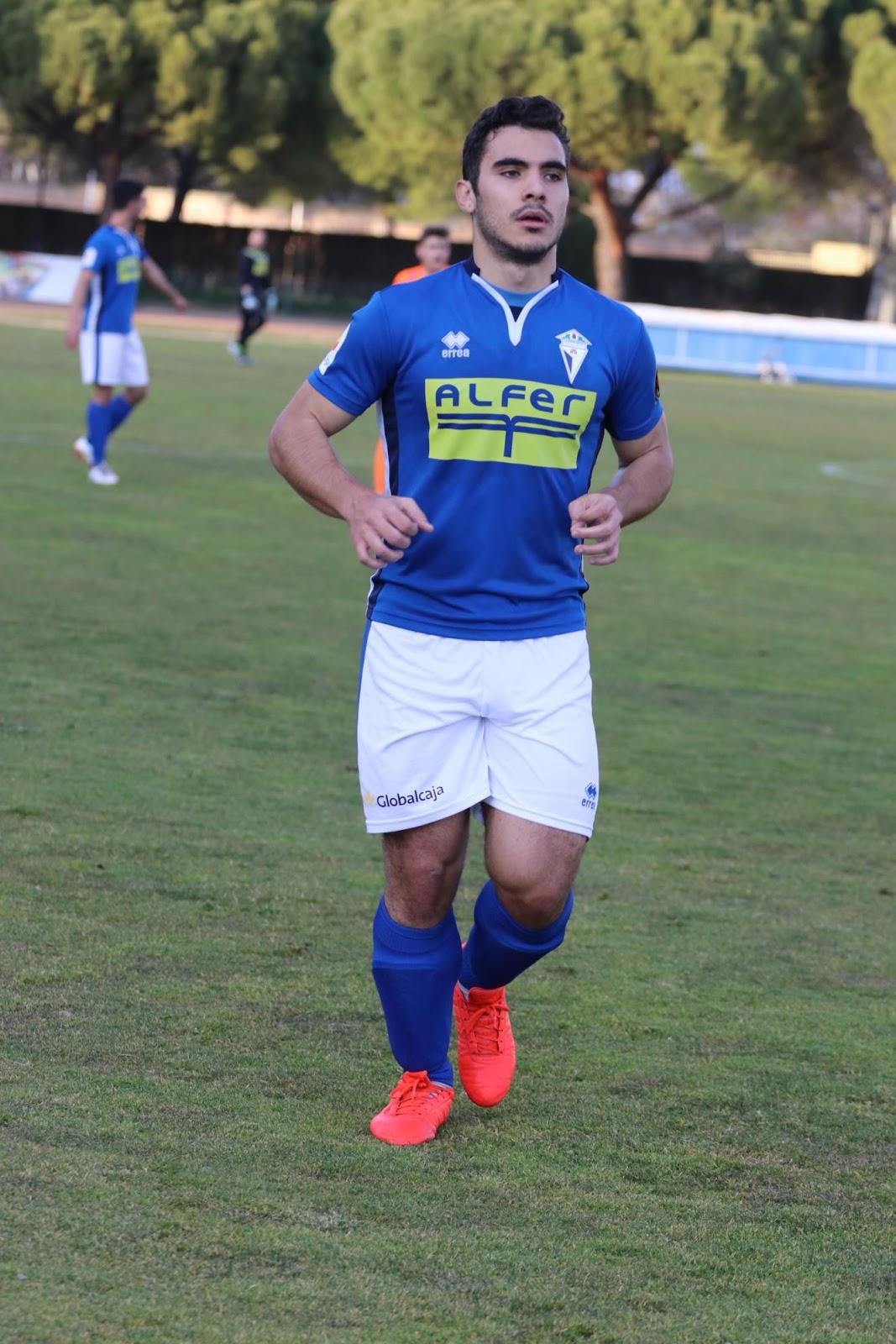 Ángel fue el autor del definitivo 2-1 (Foto Juan Gallardo)