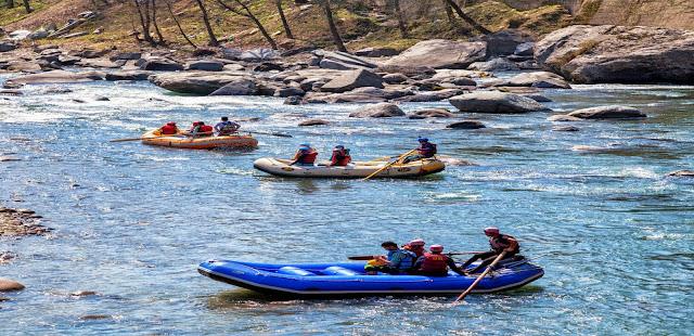 Rafting in Pirdi(Beas River)