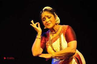 Gudi Sambaralu 2017 Stills  0045.jpg