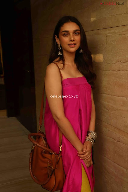Aditi Rao Hydari 2 Bollywood Special  Exclusive 034.jpg