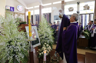 GP Bà Rịa: Thánh lễ an táng Cha Cố Phêrô Nguyễn Văn Giản - Ảnh minh hoạ 34