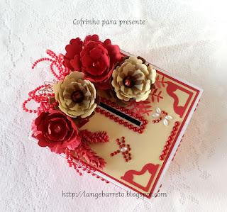 Caixa cofrinho decorada