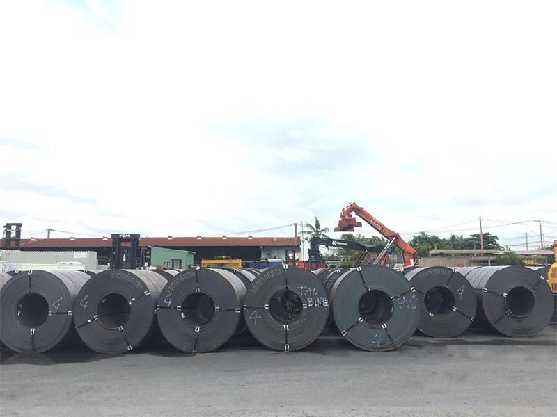 Lô thép cuôn mới về nhà máy TATA INDIA cập cảng TPHCM