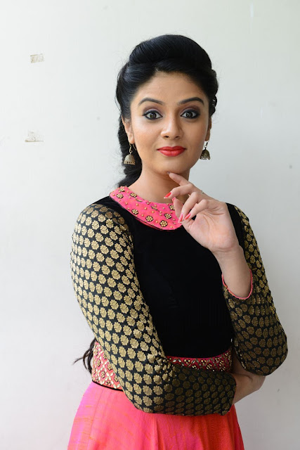 Sreemukhi Biography and Wiki and Biodata
