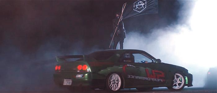 Don Diablo - Drifterのミュージックビデオに登場する車は、日産スカイライン