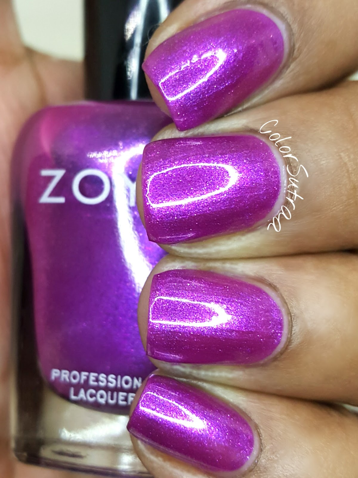 June 2017 Colorsutraa Zoya Volumizer Lash Mascara Along With The 6 Polish Set Recommends 3 Of Their Fabulous Perfect Lipsticks Belle Brooke And Violette New Shown Below