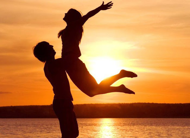 Happy Hug Day Images 2018 Romantic HD Wallpapers Pics For Facebook Whatsapp