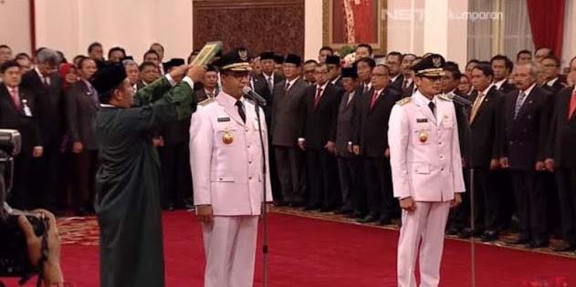 Anies-Sandi Resmi Jadi Gubernur dan Wagub DKI Jakarta