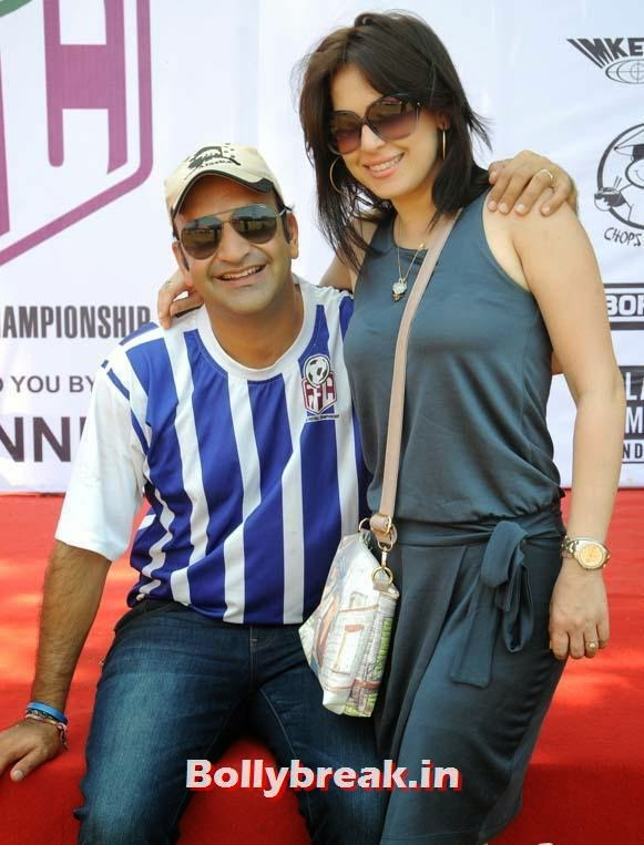 Amrita Raichand, Raveena Tandon at Junior Football Championship League 2014
