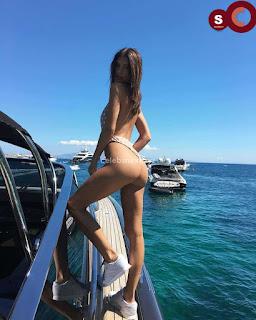 Emily+Ratajkowski+in+Bikini+Sexy+Smooth+small+Naked+Ass+in+Thong+Bikini+July+2018+%7E+CelebsNext.xyz+Exclusive+Celebrity+Pics+003.jpg