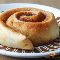 http://www.bakingsecrets.lt/2014/03/cinnamon-buns-cinamonines-bandeles.html