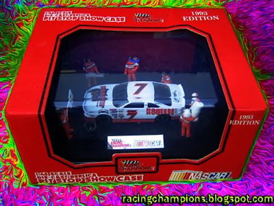 Alan Kulwicki 1/43 Hooters #7 Pit Crew Showcase Racing Champions 1/64 NASCAR diecast blog