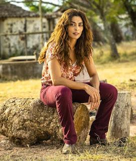 Em 'A Dona do Pedaço', Juliana Paes interpreta Maria da Paz Ramirez. Ela se apaixona por Amadeu Matheus, herdeiro da família rival — Foto: TV Globo/João Miguel Jr.