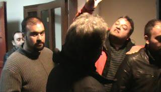 Μπλόκο Αγροτών σε συγκέντρωση του Σύριζα- Προπηλακισμός Συριζαίων και ακύρωση εκδήλωσης!!!! (video)