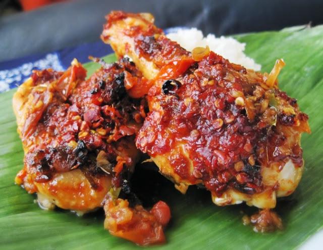 resep ayam bakar bumbu rujak enak, cara membuat ayam bakar bumbu rujak