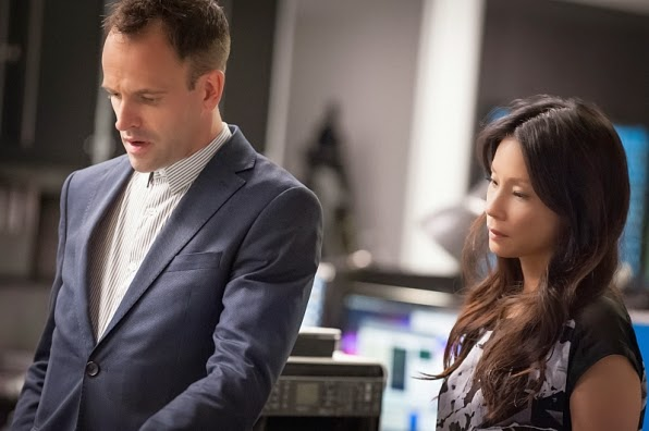 Sherlock Holmes Joan Watson consulting detectives in CBS Elementary Season 3 Episode 4 Bella