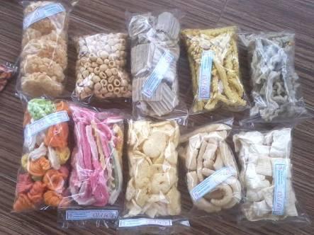 Makanan ringan snack serba 2000