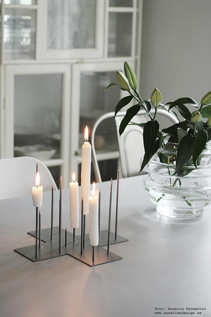 ljusstake, vas, vako, smaelta, candle cross, raw, ljusstakar, blommor, kök, köket, matplats,