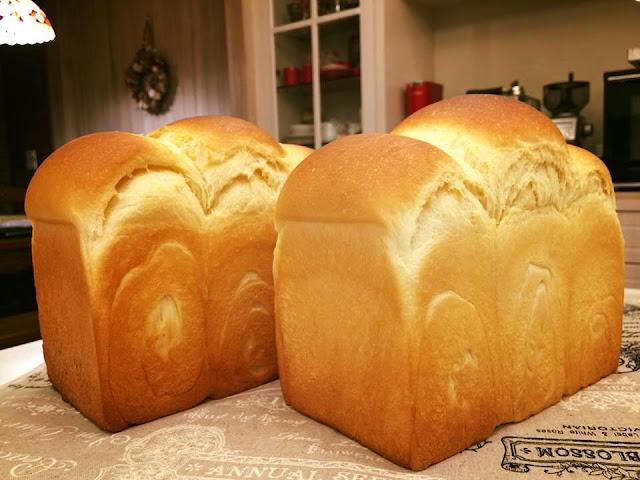 酸奶油吐司/ 吐司烘焙基礎/ 低溫水解麵糰-sour-cream-toast11