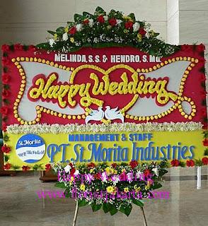 Bunga Papan Pernikahan Taman Mini