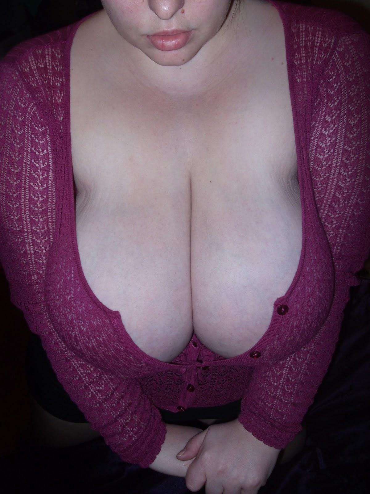 tumblr amatuer cleavage