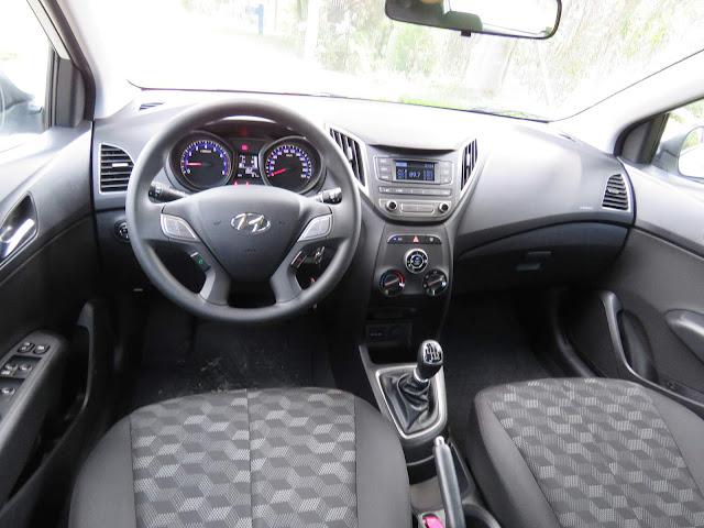 Hyundai HB20 1.6 2016 - interior