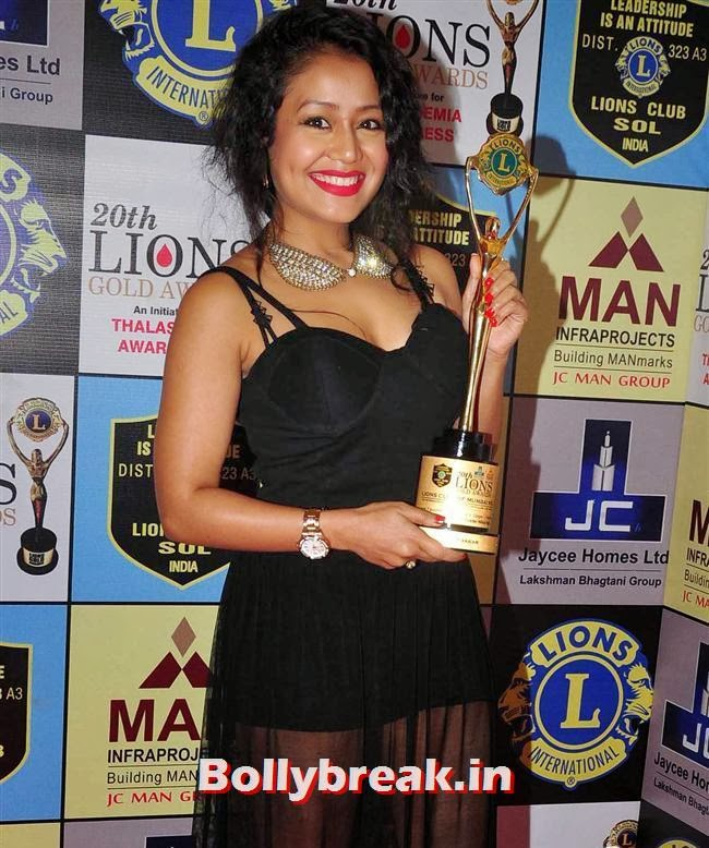 Neha Kakkar, Celebs at Lions Gold Awards 2014