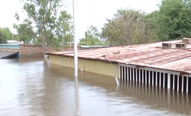 Emergencia nacional: El río Orinoco en Ciudad Bolívar continúa desbordándose