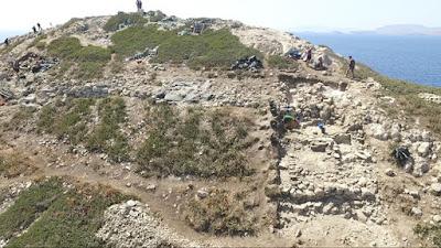 Απρόσμενα αρχαιολογικά ευρήματα στην καρδιά του Αιγαίου: οι νέες ανασκαφικές έρευνες στο απομακρυσμένο νησί της Κέρου