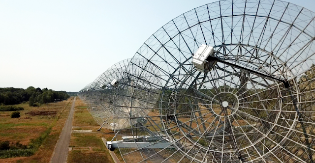 The upgrade means that the Westerbork Synthesis Radio Telescope can now map a patch of the sky 37 times the area of the full Moon.  (Credit: ASTRON)