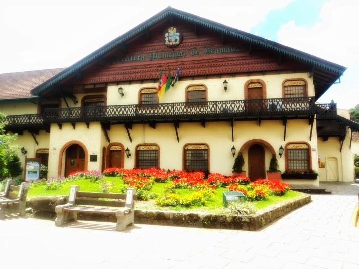 Fachada da Prefeitura Municipal de Gramado