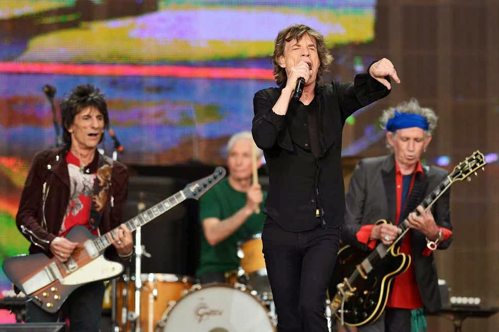 Ed's Attic: BATTLE (The Rolling Stones/The Beatles)