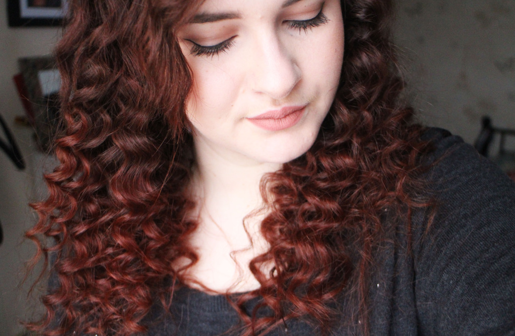 Lee Stafford Chopstick Styler   The Easy Way to Get Big Curly Hair