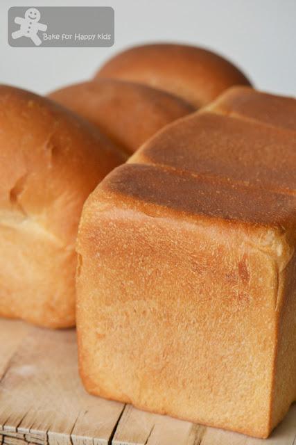 home baked white sandwich bread