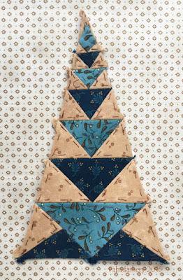 Dear Jane Quilt - Border Triangle Block  BR4 Candy Dish