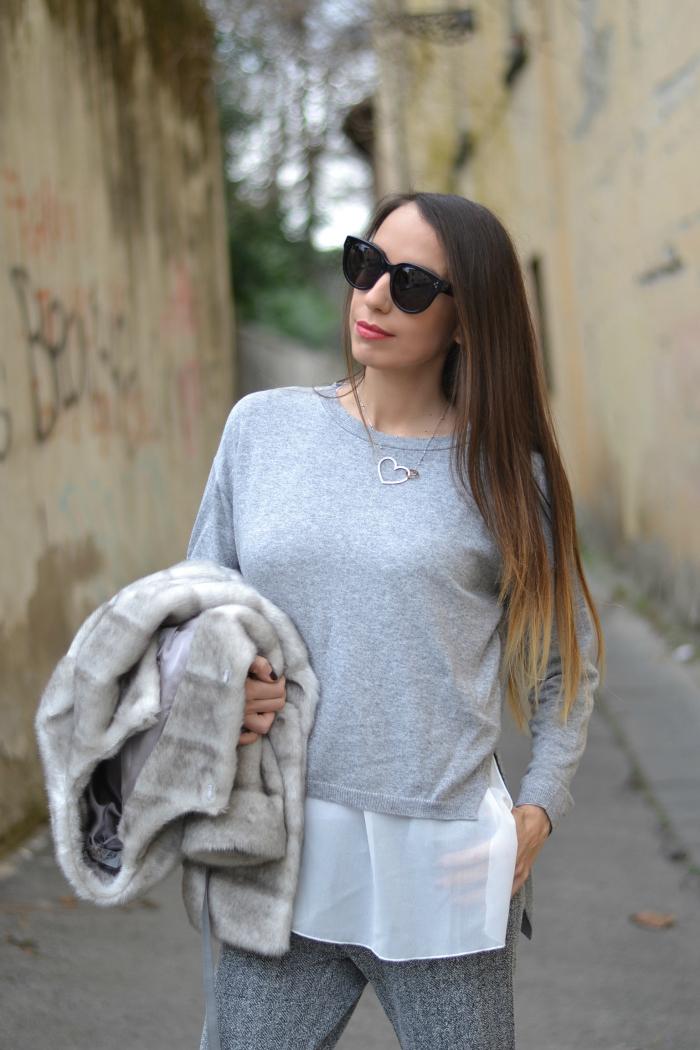 maglione grigio inserto chiffon