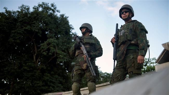 Brazilian army troops launch crackdown on Rio de Janeiro slums