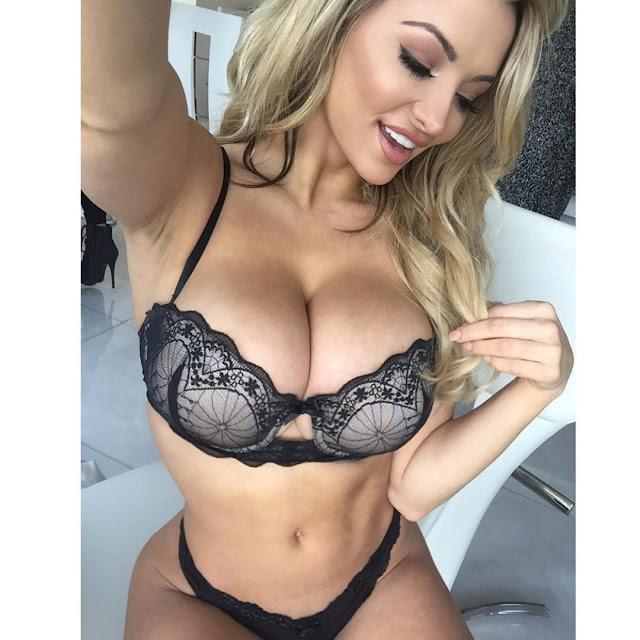 Hot girls Lindsey Pelas sexy big butt Playboy model 5