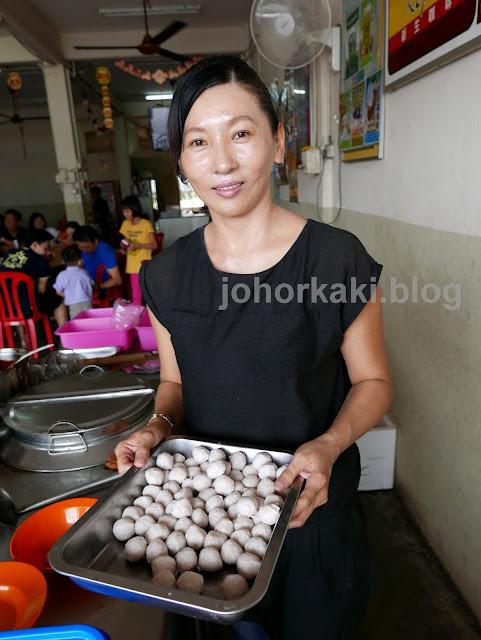 Kelapa-Sawit-Pork-Ball-Noodle-Johor-沙威猪肉丸