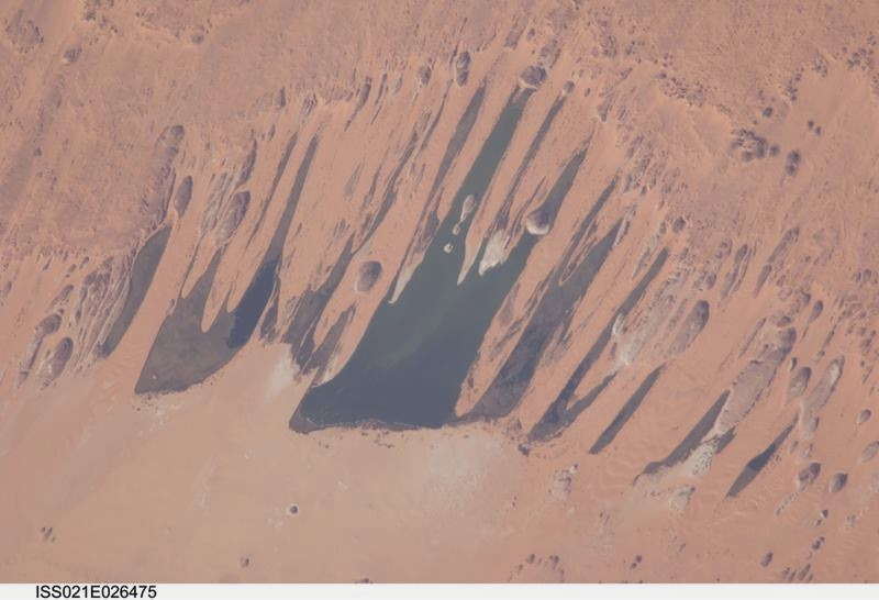 Ounianga Lakes in the Sahara Desert (NASA, International Space Station Science, 11/14/09)