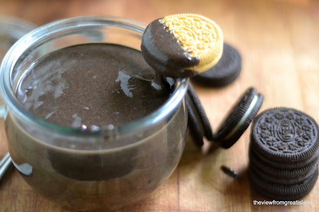 peanut butter made with Oreo cookies