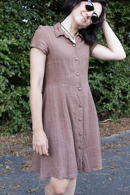 DIY Hemdblusenkleid Dolores von Milchmonster - Leinenkleid selber nähen - lässige Streetwear