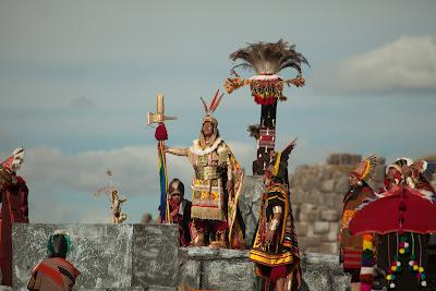 Inti Raymi – El mundo andino celebra la Fiesta del Sol en Cusco