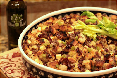 clean eating recipes, non dairy recipe, stuffing recipes, fig apple and sage stuffing, jaime messina, beachbody coach, dairy free, vegetarian, lgbt beachbody